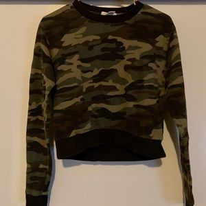 Forever 21 Camo Print Crop Top Sweater